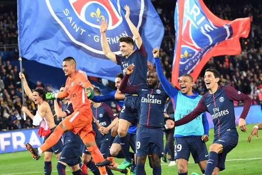Paris étrille Monaco (7-1) et s'offre un septième titre de champion de France