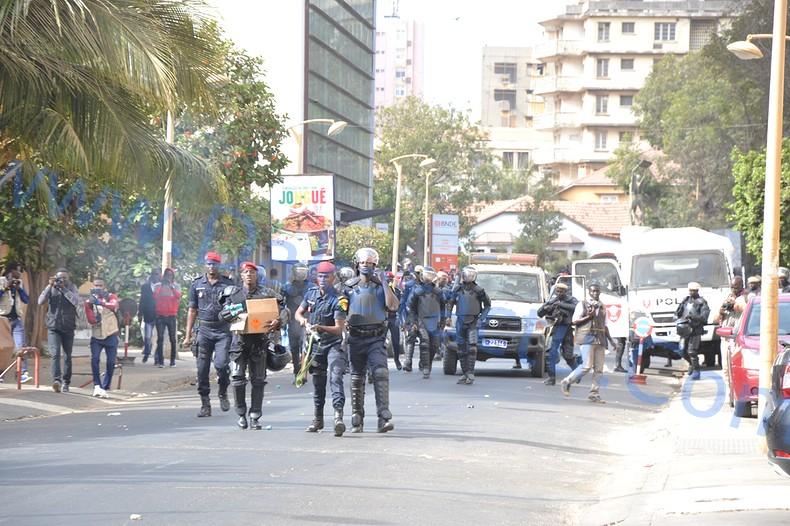 Prétendu décès d'un manifestant : la police nationale dément et précise