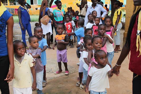 RESPONSABILITÉ SOCIÉTALE / Tigo soulage les 134 bébés de la pouponnière de Mbour
