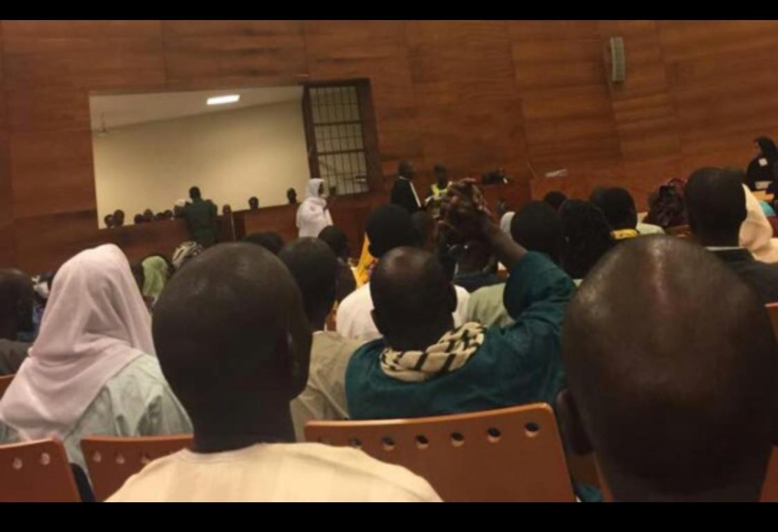"""Imam Ndao : """" La charia s'appliquera au Sénégal quand les Sénégalais l'auront voulu (...) Pourquoi je collectionne des vidéos de l'État islamique"""""""