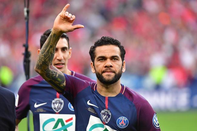 PSG : Alves out pour 3 semaines