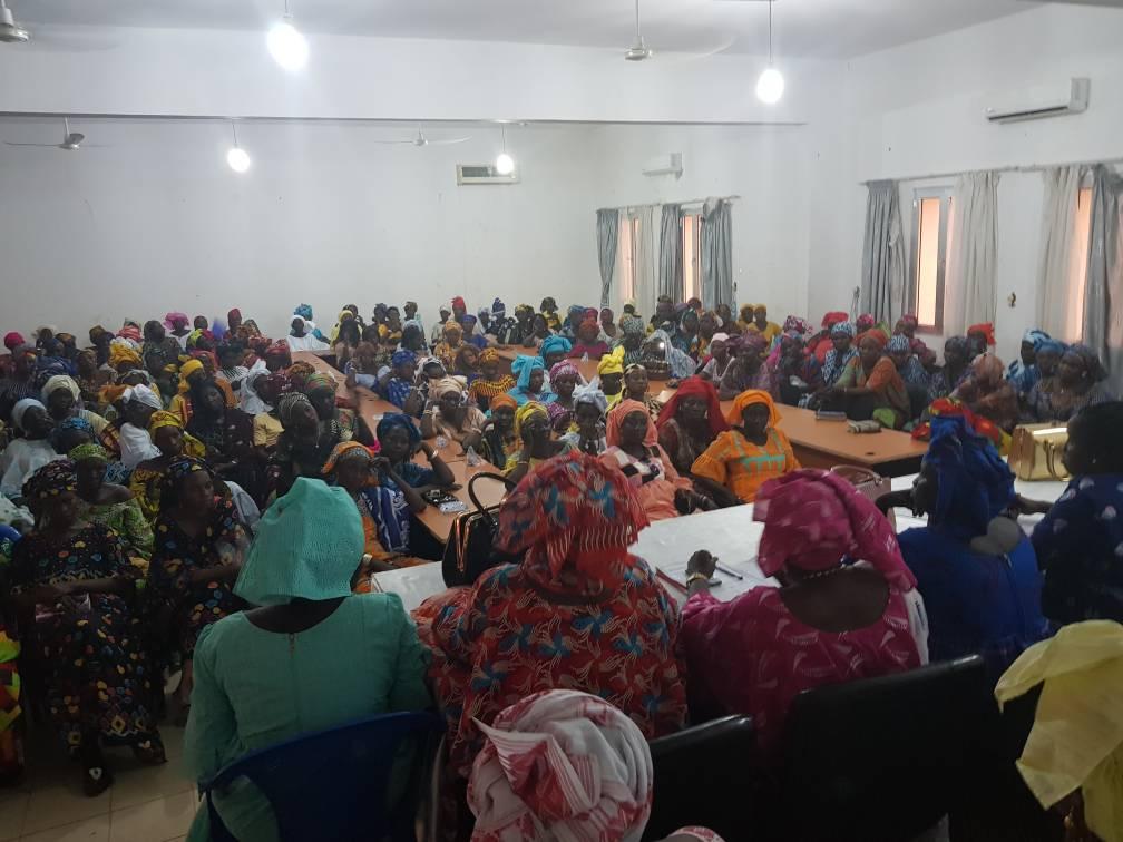 KAOLACK- Les femmes se mobilisent derrière  leur coordonnatrice Aissatou Ndiaye, maire de Ndiafatt