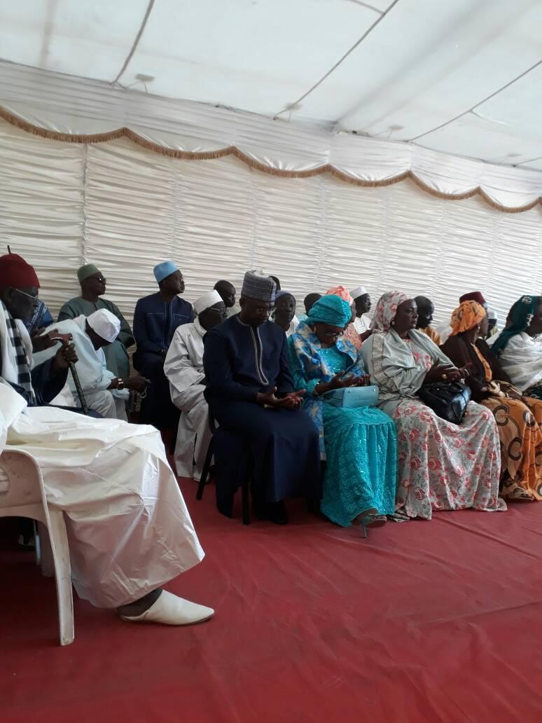 Condoléances de Macky Sall à la Médina : Cheikh Ba assailli par une foule reconnaissante