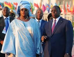 Pèlerinage Marial de Poponguine : Marième Faye Sall offre plus de 26 millions de FCFA, le Chef de l'État 60 millions pour l'Organisation