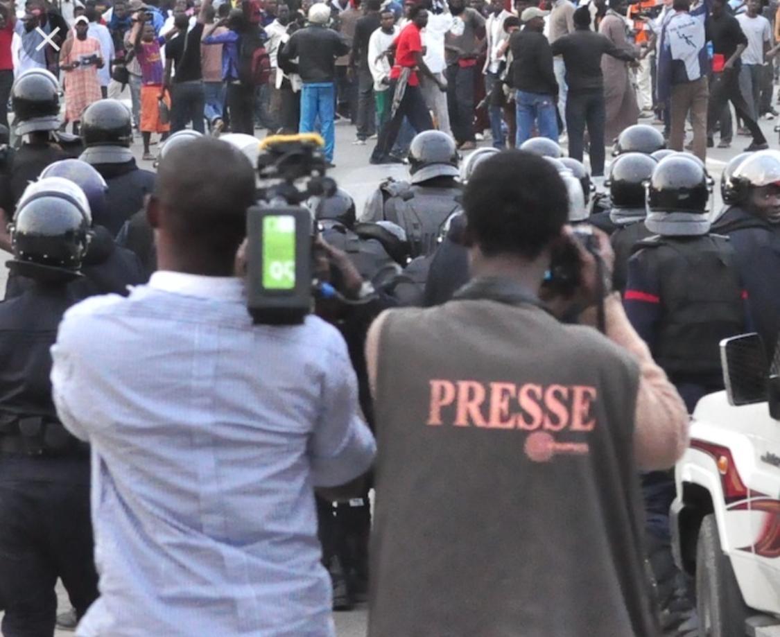 """Un collectif annonce un plan d'actions visant à """"assainir' la presse"""
