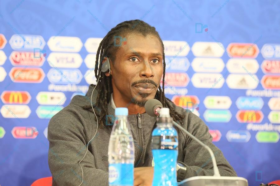 """Aliou Cissé sur la défaite des autres équipes africaines : """"Ce n'est pas une pression supplémentaire. Je vous assure nous ne sommes pas sous pression"""""""
