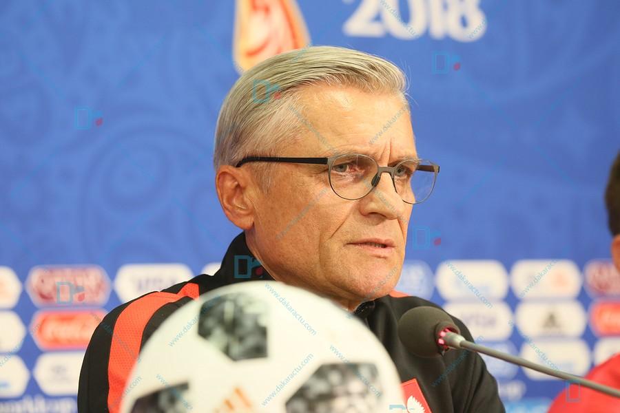 """Adam Nawalka, sélectionneur de la Pologne s'attend à """"un match difficile contre le Sénégal"""""""