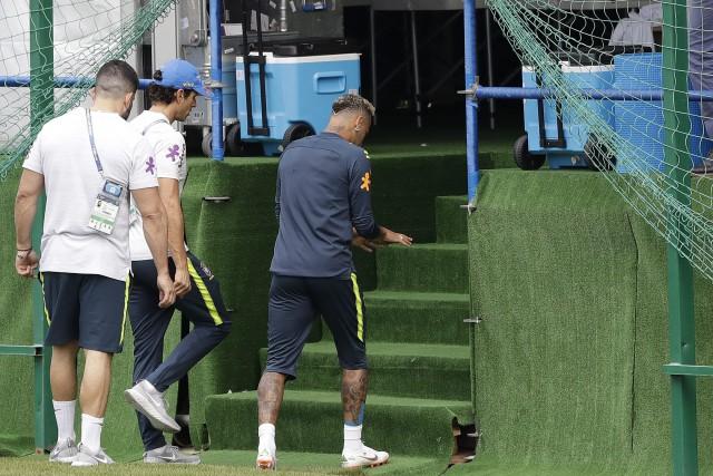 Brésil : Neymar quitte l'entraînement