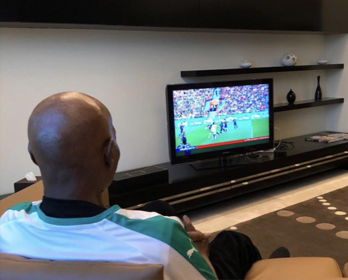 En regardant le march Sénégal/Japon : Le Président Abdoulaye Wade envoie un message aux Lions