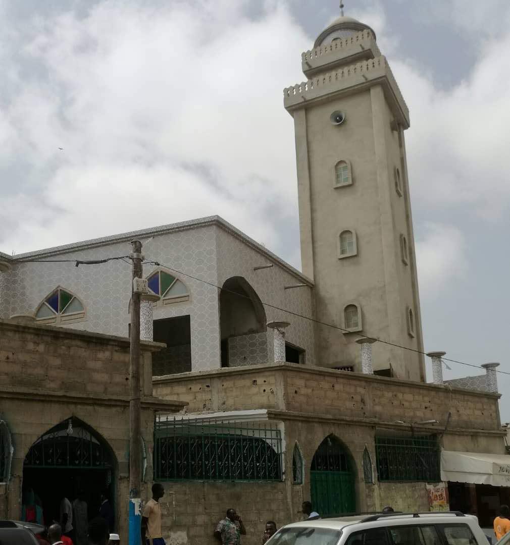 Abdou Karim Sall visite la grande mosquée de Nimzatt à Pikine Nord