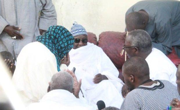 INHUMATION DE SERIGNE ABDOU COUMBA SOUNAH - Présence à la prière mortuaire du Khalife Général et de Serigne Moustapha Maty Lèye