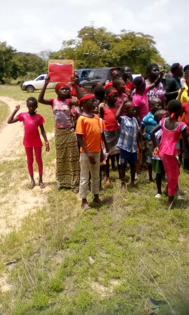 Zircon-Images de la chaude matinée à Niafrang : le préfet de Bignona suscite la colère des populations