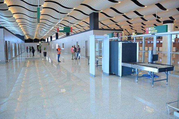 AÉROPORT DE DIASS : Un bagagiste dérobe une sacoche contenant 2 millions de francs