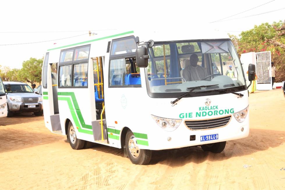 Diamniadio : Remise des clefs d'un bus à l'Iressef