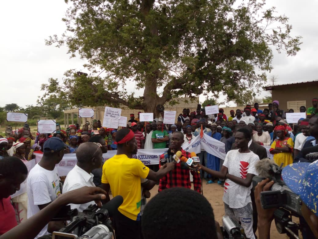 NDIAGANIAO : Marche des populations de Ndiandiaye qui réclament l'électricité au quartier Ndoude