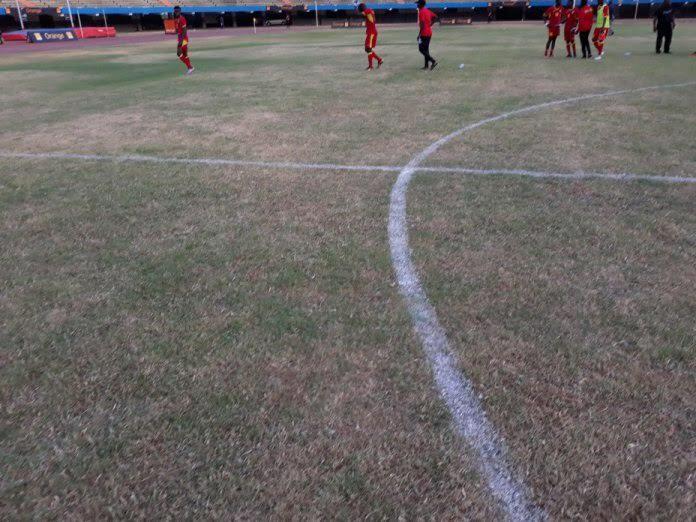 Stade Léopold Sédar Senghor : Comment les lutteurs ont détruit la pelouse