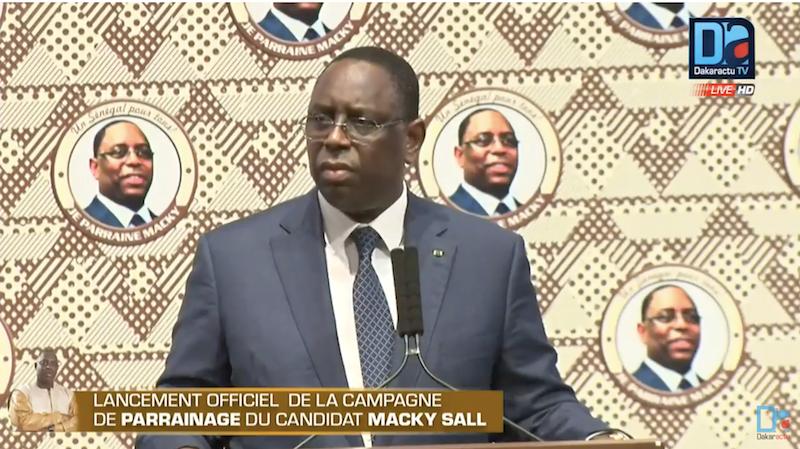 """Macky Sall à ses camarades de parti : """" Comme on a ouvert le chemin du travail, j'espère que vous allez oublier vous petites querelles sans importance et vous concentrer sur le bilan à défendre"""""""