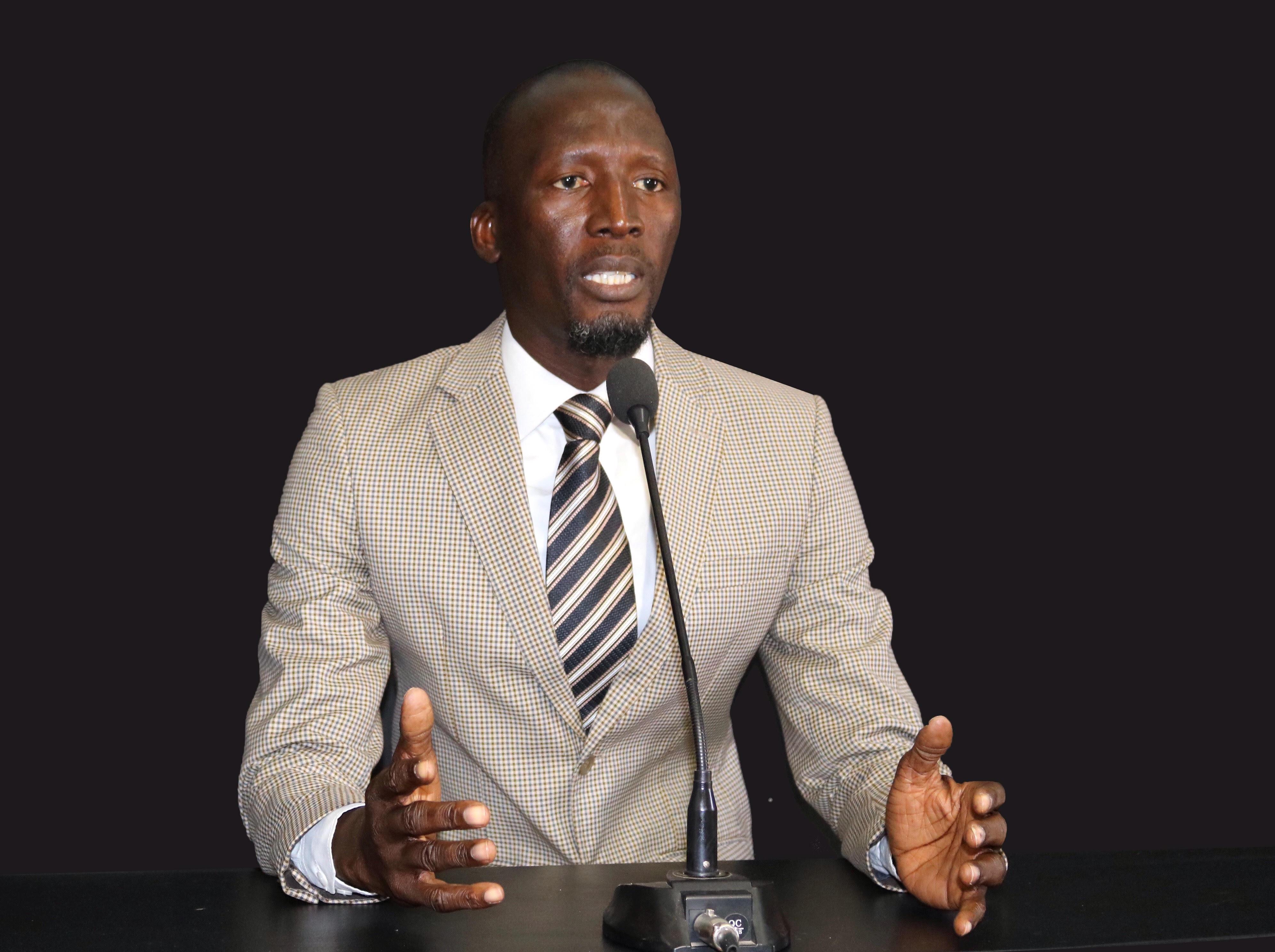 Hommes politiques, SVP, Thierno Souleymane Baal vous regarde (Par El Hadji Mansour Samb)