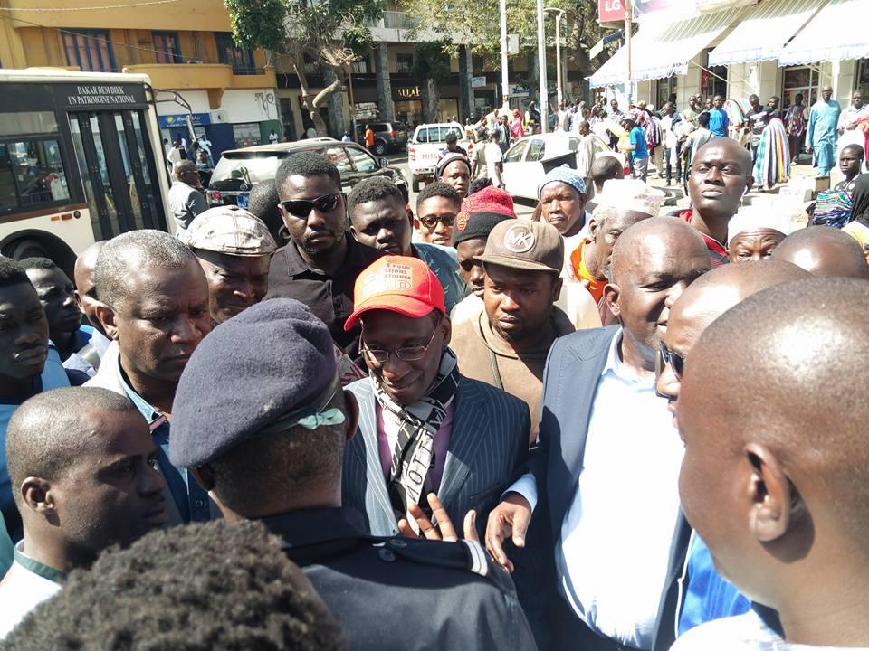 Sit-in de l'opposition : interpellation de Mamadou Diop Decroix