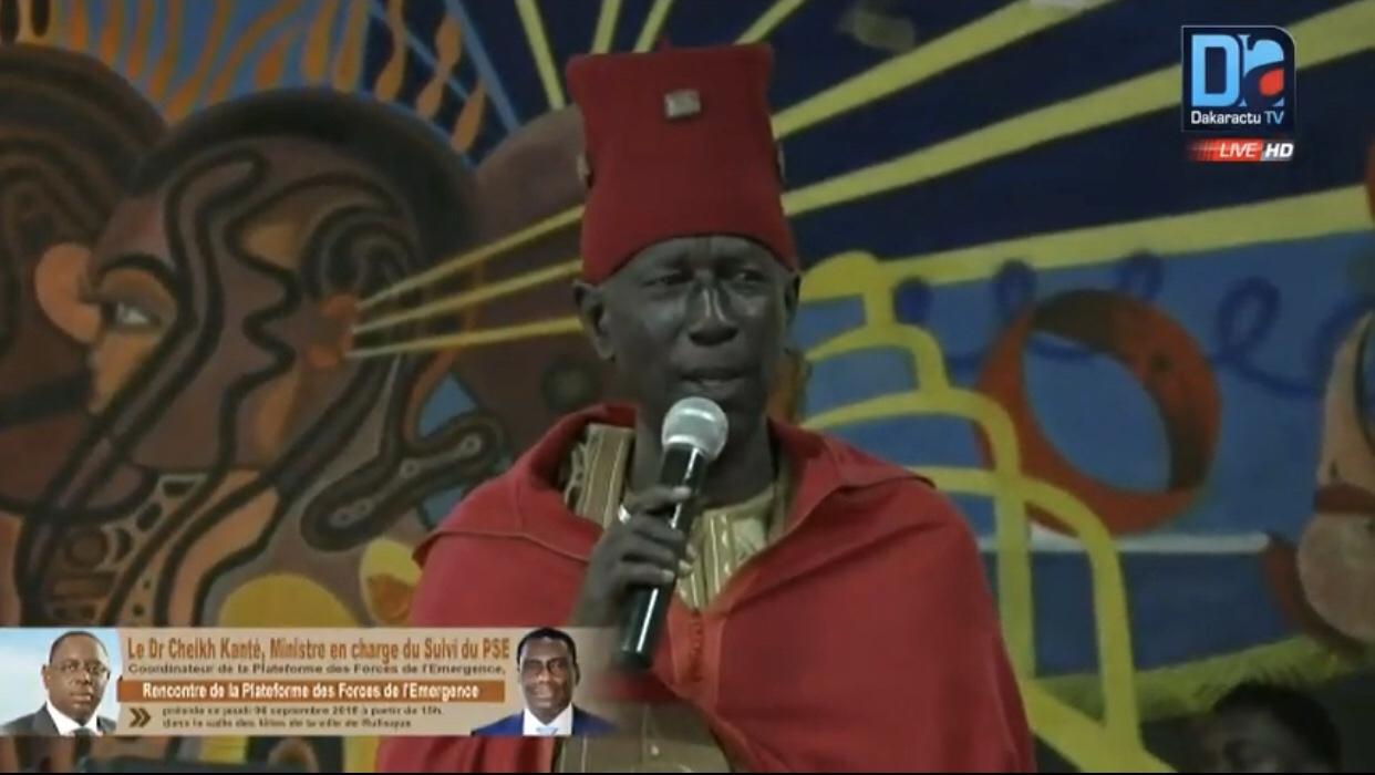 Le Grand Diaraf de Bargny menace les adversaires de Macky Sall : « Nous avons des bagages, nous ne sommes pas ordinaires »