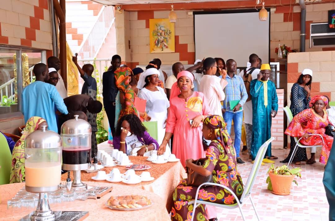 """Les images de la session de renforcement de capacité sur le parrainage à Thiès, initiée par le mouvement """"Gem Sa Bopp"""" de Maodo Malick Mbaye"""