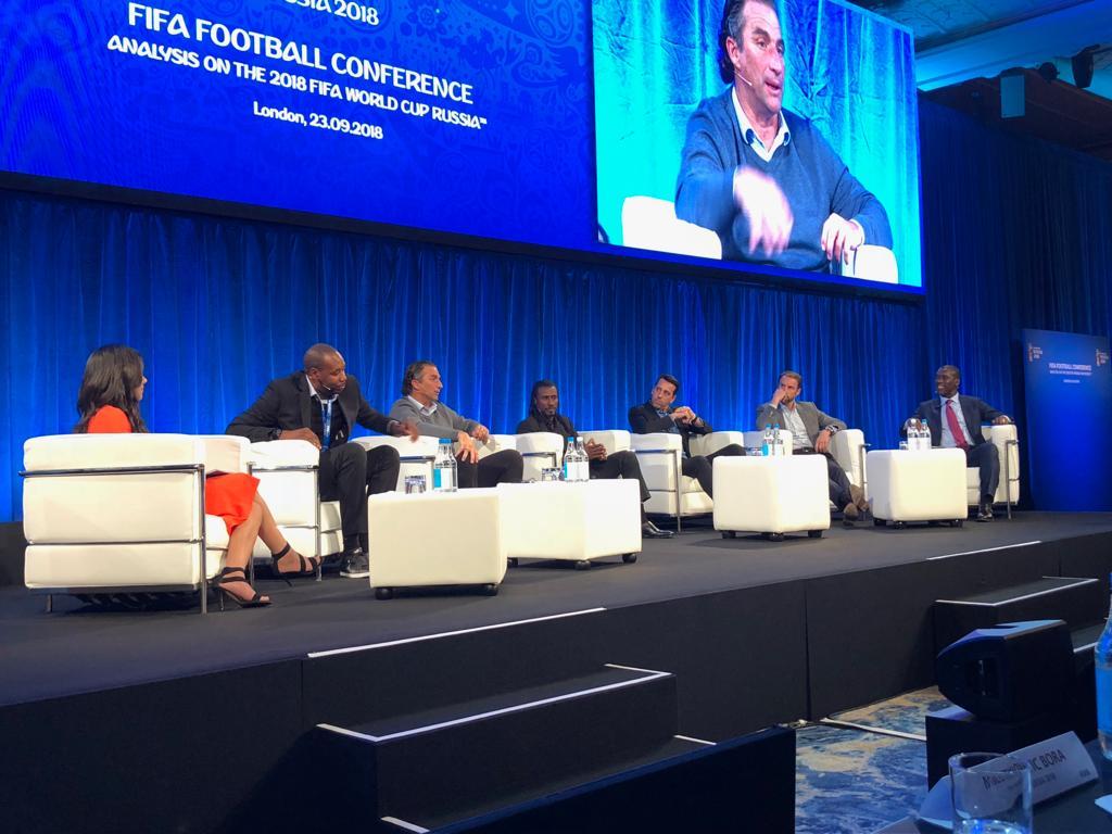 LONDRES : Le Sélectionneur du Sénégal Aliou Cissé participe au séminaire de la FIFA (IMAGES)