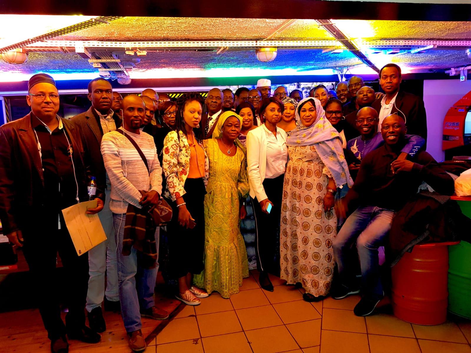 Naissance à Paris d'une plateforme des mouvements et associations de soutien au candidat Macky Sall