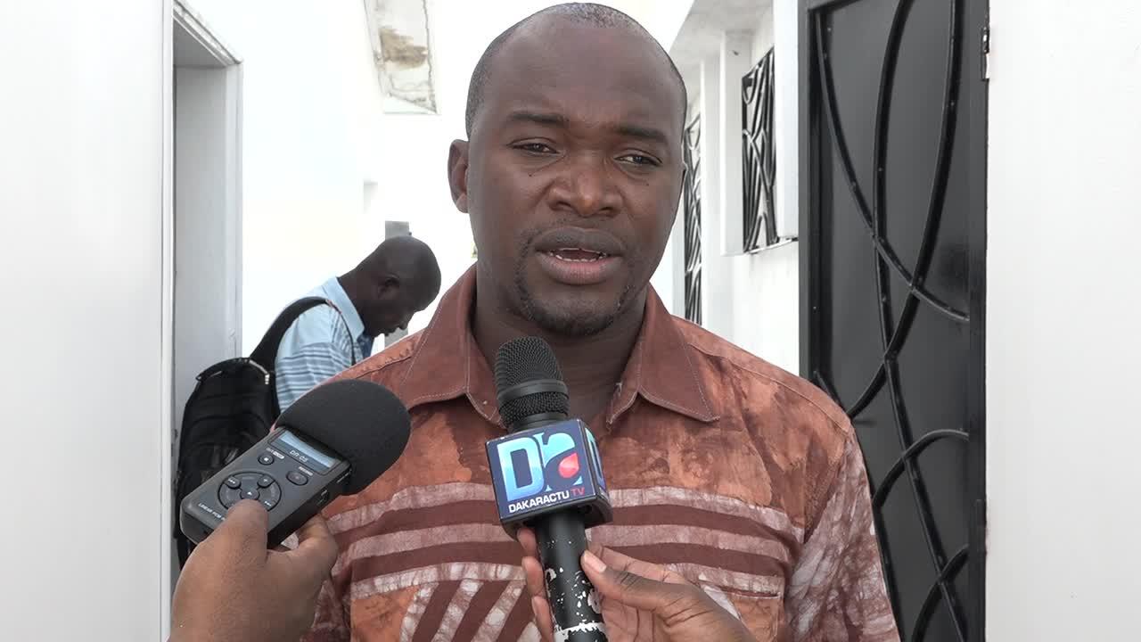 """Visite du chef de l'Etat en Casamance : Ansou Sané bombe le torse et """"fusille"""" Ousmane Sonko"""