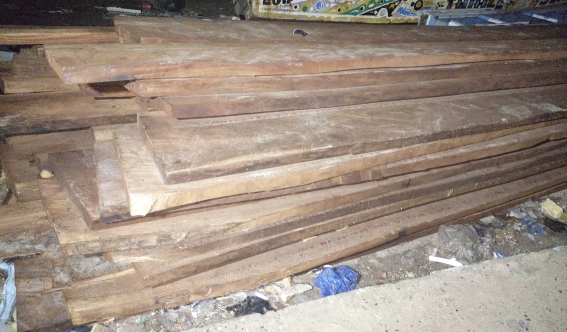 MBOUR-Trafic illicite de bois : La Gendarmerie saisit une importante quantité.