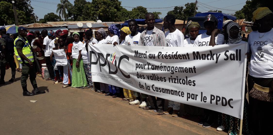 Goundomp : Bain de foule pour le président de la République