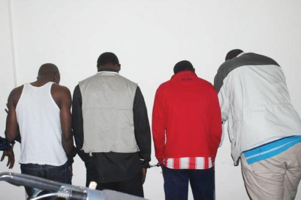 Usurpation de fonction : 3 faux policiers tombent à Tivaouane