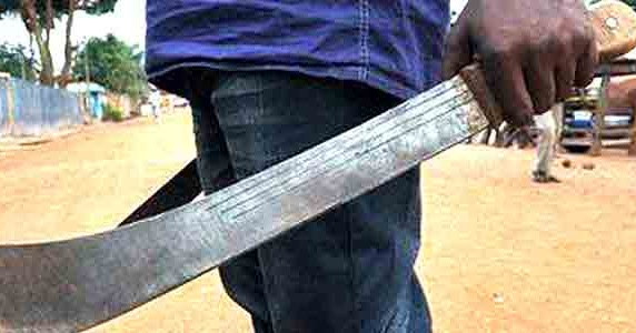 HORREUR À FISSEL MBAADANE- Saliou Ngom égorge Amy, son épouse enceinte et presque à terme