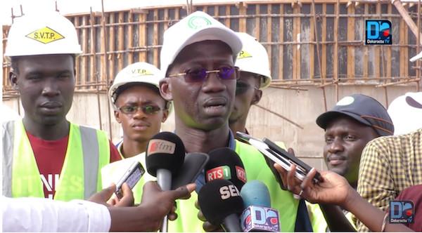 Travaux de renforcement de l'alimentation en eau potable dans le Gandiolais, Toubé et envions : Le DG de la SONES Charles FALL constate son avancement