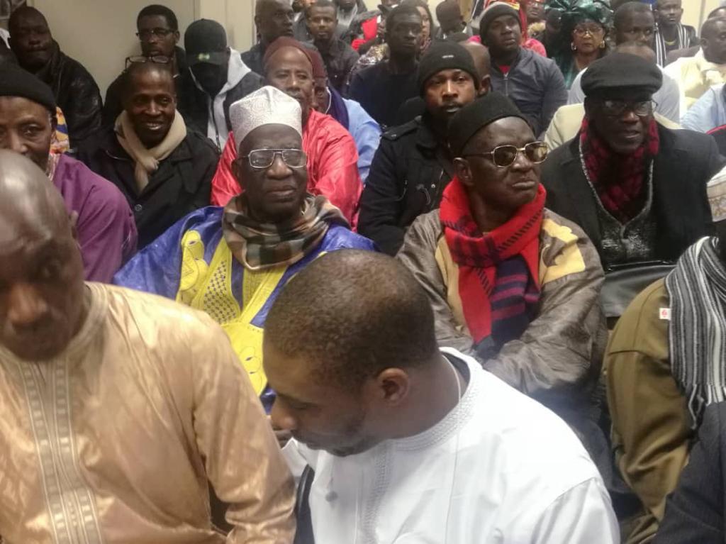 (France) - Réélection du candidat Macky SALL en 2019 : Abdou Karim SALL et le « Mouvement Doolé Diaspora avec AKS » demandent au Président de dormir tranquille.