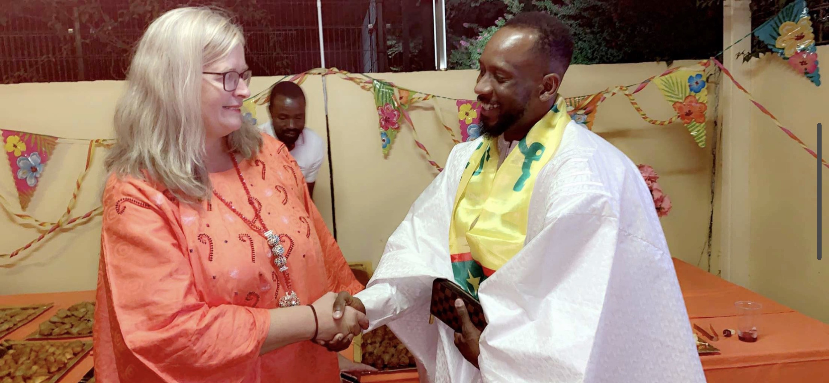 L'ambassade d'Allemagne en Mauritanie déroule le tapis rouge au designer et styliste Ziz Fashion