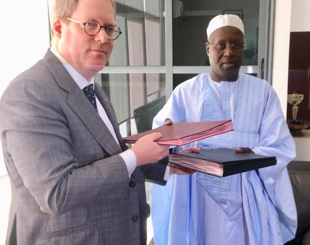 Promotion de la sécurité de l'Internet des Objets au Sénégal : L'ARTP s'engage.