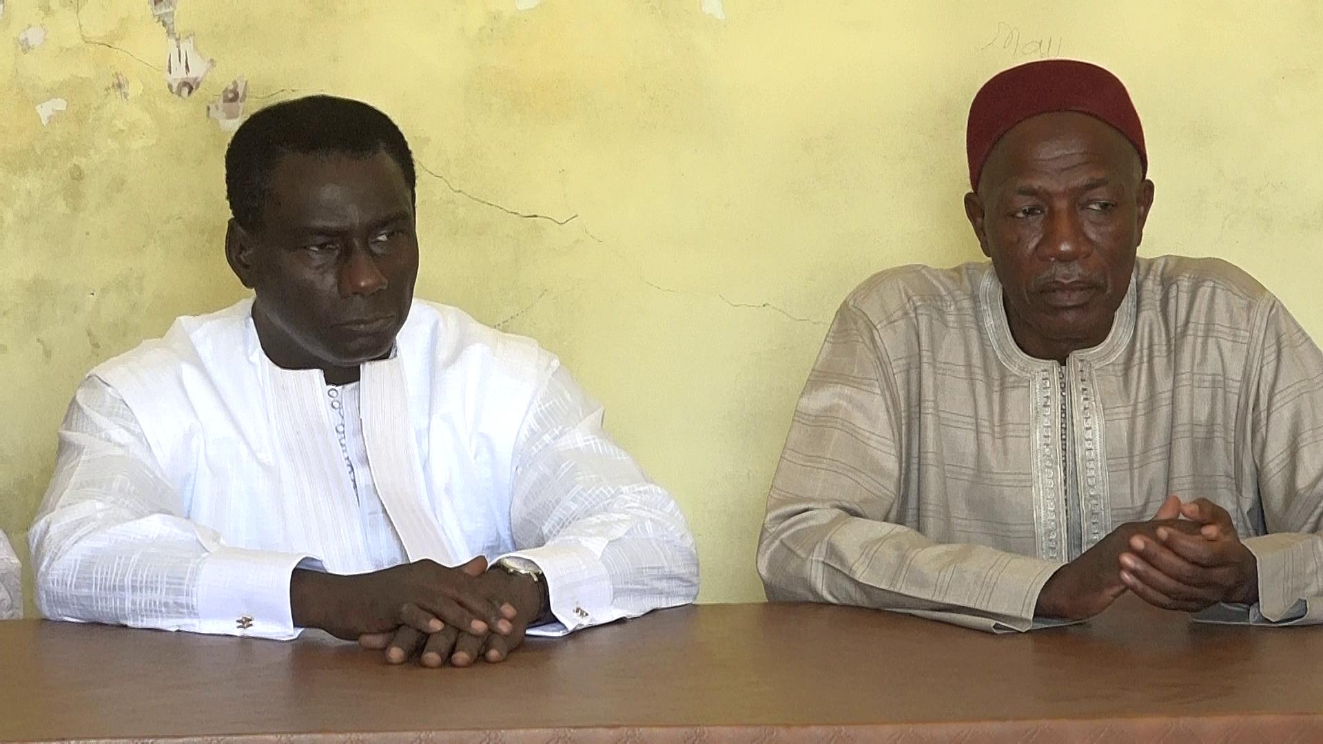 TOUBA / MBACKÉ : Cheikh Kanté reçu par le Khalife Général des Mourides et par 'And Falaat Macky Sall ' annonce...