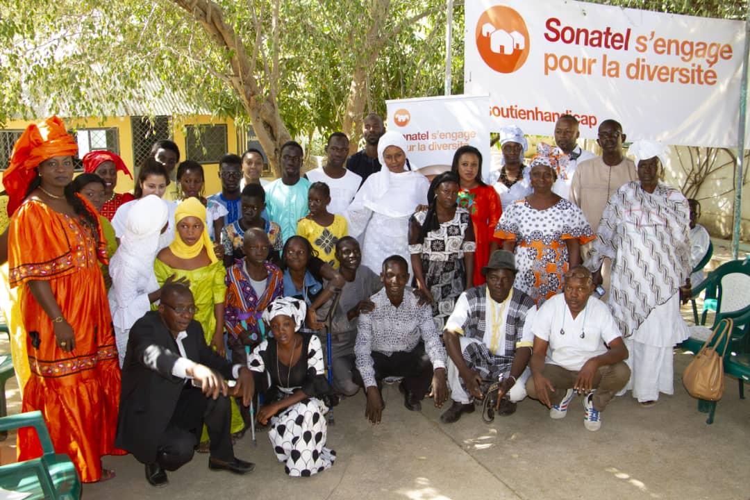 Sonatel apporte son soutien aux enfants à mobilité réduite