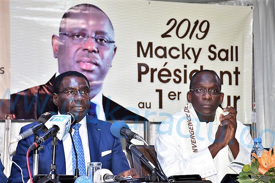 Assemblée générale de la convergence des cadres républicains  : Diouf Sarr lance les nouvelles cartes CCR (Images)
