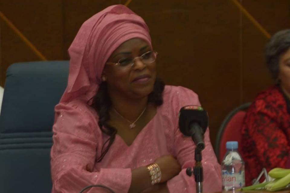Lancement du Projet Rama : Thérèse Faye Diouf à côté du Maire de Thies Talla Sylla répond à l'appel de la Première Dame Marieme Sall