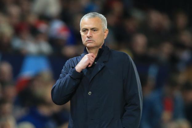 MANCHESTER UNITED : Mourinho viré !