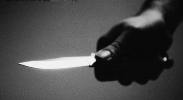 Elle poignarde son mari qui a pris une deuxième épouse