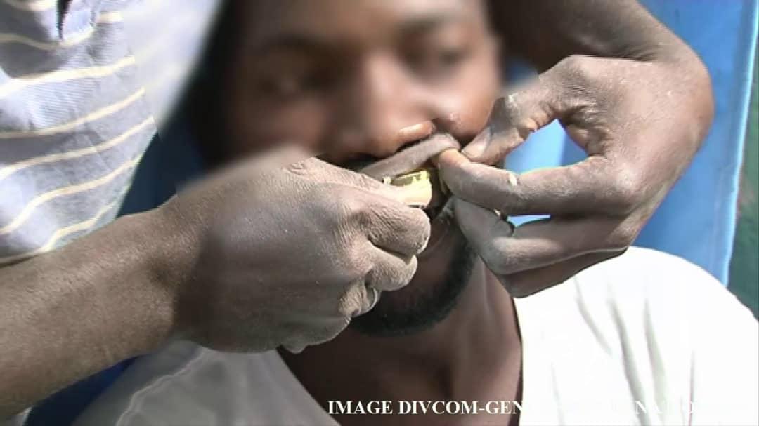 Huit faussaires d'un cabinet dentaire clandestin sont arrêtés par la section de recherches de la Gendarmerie