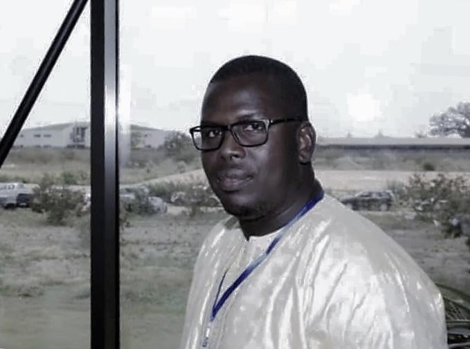 Préserver la démocratie sénégalaise, c'est casser le monopole des politiques (Par Assane NIANG)