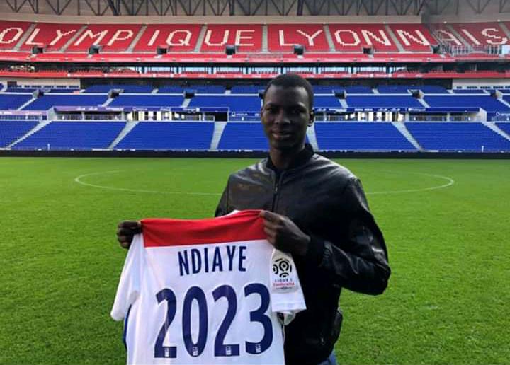 OL – Le Sénégalais Ousseynou Ndiaye prolonge jusqu'en en 2023 !
