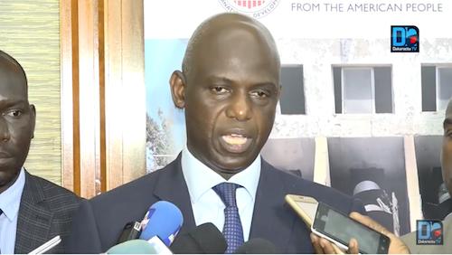 Affaire des 4 corps de pêcheurs retrouvés au Cap Vert : Le maire de Saint-Louis dépêche 4 membres de la famille des disparus pour une mission d'identification