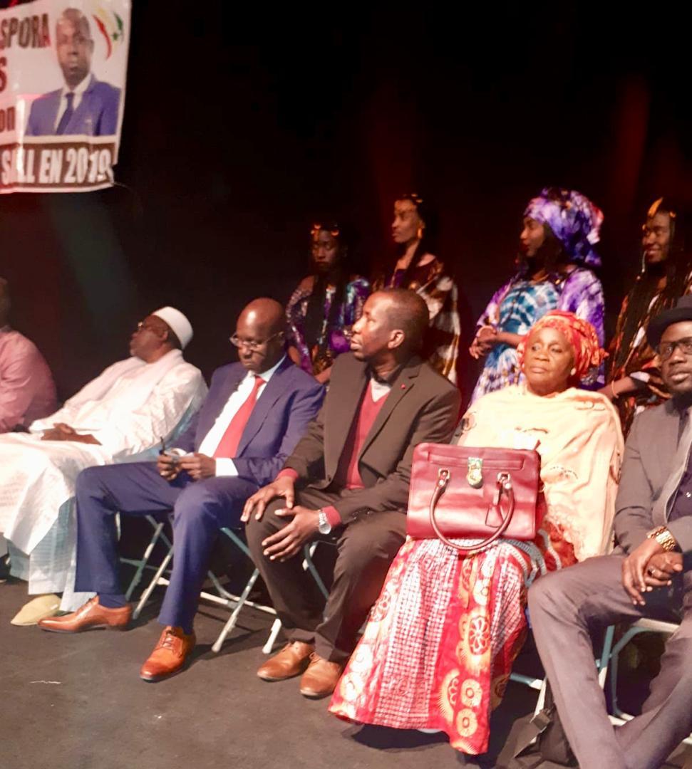 Lancement de l'antenne belge du Mouvement «Doolé Diaspora avec AKS» : M. Abdou Karim SALL et les siens d'Anvers prêts pour la réélection du Président Macky SALL