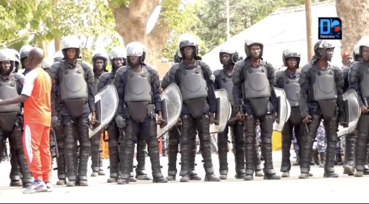 Grand Yoff : La police interrompt la procession du C25