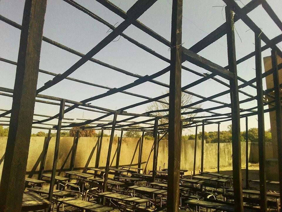 Incendie au collège de Hiléle de Kolda : le feu rase totalement l'abri provisoire.