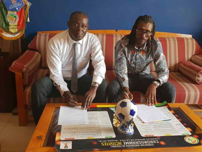 Football / Aliou Cissé prolonge son contrat jusqu'en 2021 !